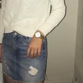 Sælger denne nederdel. Passes af xs