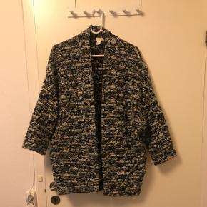 Oversize cardigan med 3/4 ærmer fra H&M Trend :) nypris var 600,-