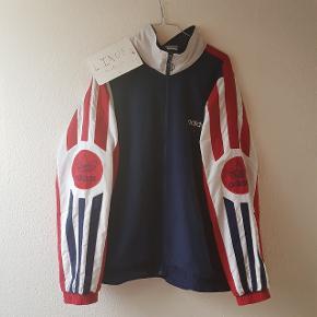 Vintage track jacket Str xl, fitter 175-190 Cond 7, vintage kvalitet Køb nu til 285 kr.