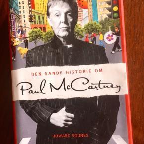 Paul McCartney fra the Beatles der lavede mange LPer Den sande historie om Paul McCartney hardback udsolgt fra Forlaget