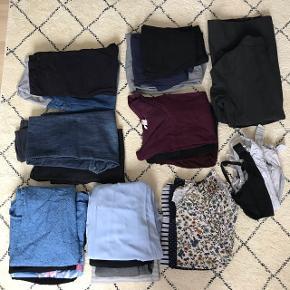 En stor pakke ventetøj/graviditetstøj fra Mamalicious og H&M, passer en str M (bukserne er str 40): 8 kjoler, 4 bukser, 1 sweatpants, 2 leggings, 6 bluser/T-shirts's, 4 ammebh'ere, 1 overgangsjakke.
