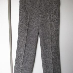 0d3ca40b858 Brand: Yessica Varetype: bukser Farve: sort/hvid Oprindelig købspris: 400 kr