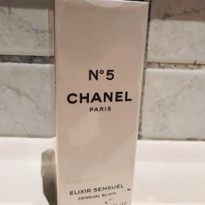 Udgået variant Chanel no5 Elixir Sensuel.  50 ml.  Kun åbnet for at dufte.
