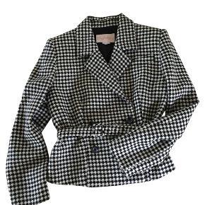 Vintage Byblos kort jakke