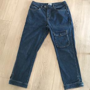 Isay bukser