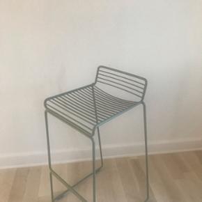 HAY 2 stk Barstole i grøn, næsten ikke brugt Pris pr stol 500kr  Byd!!