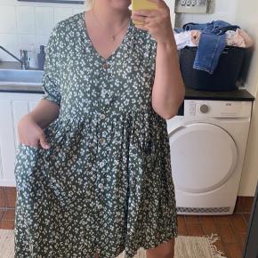 Sara Louise kjole