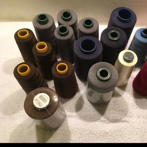 Tråd til overlock,forskellige farver. Fra røg/dyrefrit hjem.
