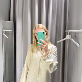 Arket bluse