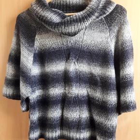 Varetype: sweater Farve: sort grå  skøn blød strik fra ze-ze concept str. L, sort grå¨ 80 % acryl 20 % uld næsten som ny bud fra 125 kr + evt. forsendelse  *Handel kan foregå via TS, kontant, via bankkonto & Mobilepay*
