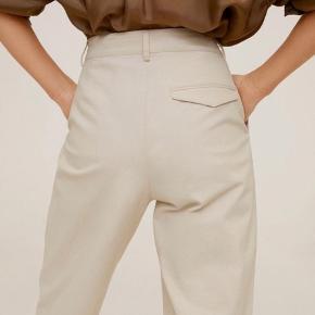 """Bløde """"jeans"""" fra mango. Brugt én gang   Er meget behagelige at have på"""