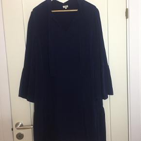 Hoss Intropia kjole