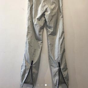 Heliot Emil Nylon Pants  God stand  Str M (28-34 waist)  1000,-  Skriv pb for yderligere information