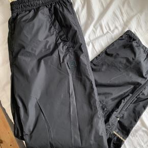 Tracksuit bukser (unisex) fra Acne Studios  Aldrig brugt kun prøvet på  Bytter ikke  Mp 750,-   Str. M