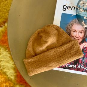 Beautiful Oslo hat made in Sunday Sandnes garn wool. Smallish in size -  Would best for a small head.