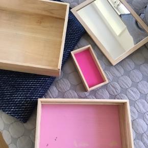 Balsabox personal pink fra Nomess!   Pletter inden i - perfekt stand uden på. God og brugbar. Nypris 700kr.