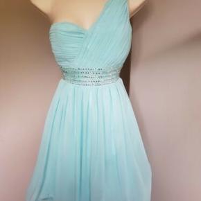 34caf701912 Smuk kjole fra little mistress i turkis. Meget fin stand - ser helt ny ud
