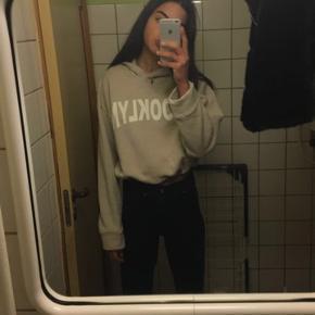 Zara hoodie str small kan strammes ved taljen oversize Ingen bytte