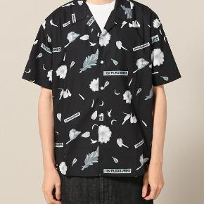 Mega fed skjorte fra Pleasures Now. Den er købt i USA.
