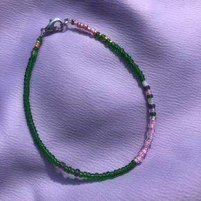 Perle armbånd Grønne perler 💮 Prisen er fast og inkl Porto med postnord