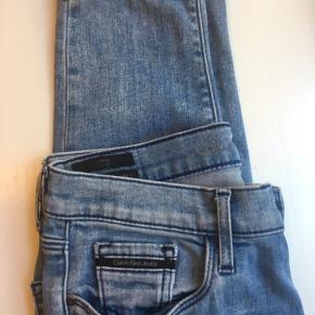 Skinny High rise jeans fra calvin Klein. Str. S  Jeg er 172 cm. Np 900kr