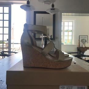 UGG sandaler