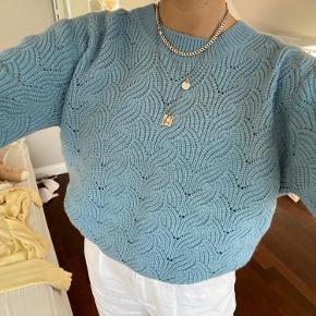 Blå sweater fra magasin du nord Fejlkøb