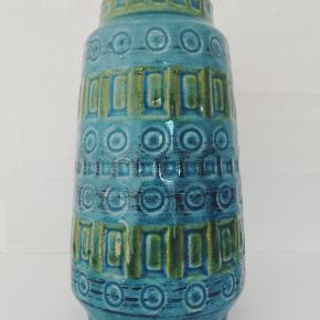 Smuk WG Inka vase i flot turkis og grøn 🌱  H: 15 cm  Pris: 175 DKK  @dit_retro_ på Instagram