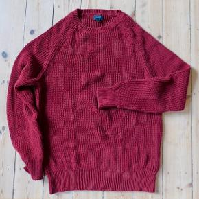 Sweater from J. Crew. Barley used. Original price 650 DKK