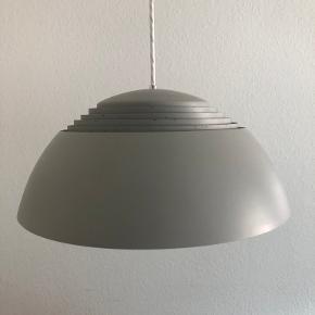 Arne Jacobsen loftslampe