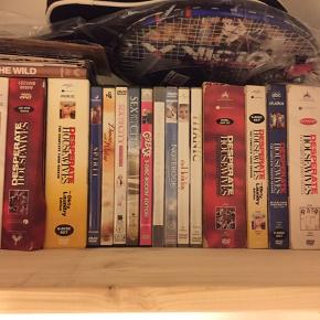 Blandede dvd'er og dvd boxe / bokse  Desperate House wife f.eks. Sæson 1-5 Sex and the City film 1 og 2 Notebook, Titanic, grease etc  Sælges helst samlet  BYD