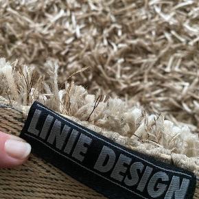 Linie design gulvtæppe