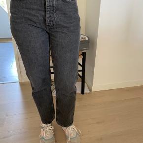 Fede jeans str. 28.