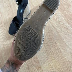 Tommy Hilfiger heels