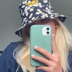 MbyM hat & hue