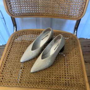 Storm & Marie heels
