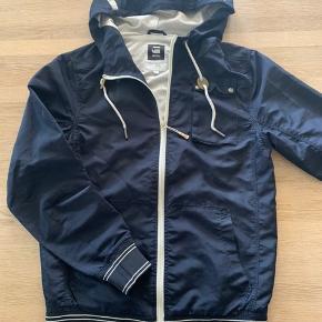 BYD !!!!  Super fin jakke Har ikke været brugt ret meget   Nypris kr 1.200,00  Betaling Mobilepay eller TS