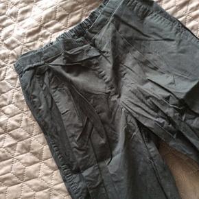 2 stk bukser, fra samsøesamsøe sælges samlet til 80kr.