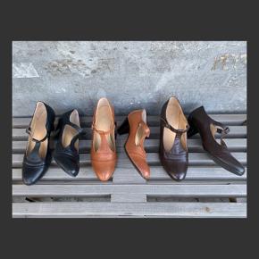 3 par superfine heels med rem i ægte skind str. 37 fra BIANCO - brugt få gange, enkelte brugsspor.  Hæl ~ 6 cm og indvendigt mål ~ 24,5 cm.  SÆLGES SAMLET TIL 275,-pp  *** SE OGSÅ MINE ANDRE ANNONCER ***