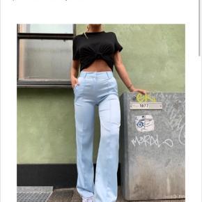 Sælger disse bukser fra venderbys. modellen hedder Silky pants og de sælges i en str m. 500kr ink fragt