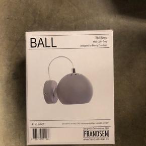Frandsen lampe fra magasin aldrig brugt