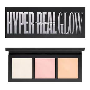 MAC Get Lit Hyper Real Glow Palette ✨ Helt ny palette. Google for at se swatches ✨💖   Cosmetics, makeup, highlighter, ubrugt, beauty, glowing,