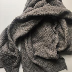 Uld halstørklæde