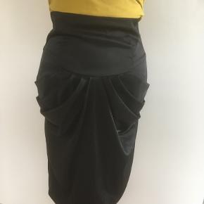 Gestuz nederdel