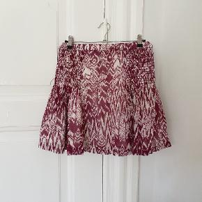Nederdel fra IRO, er som ny.