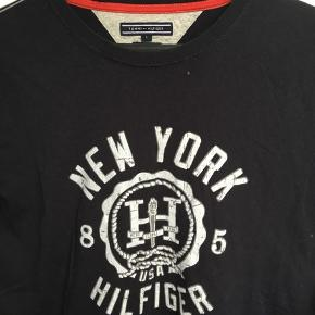 Tommy tee med print