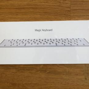 Helt nyt trådløst Apple tastatur. Aldrig pakket ud af æsken.