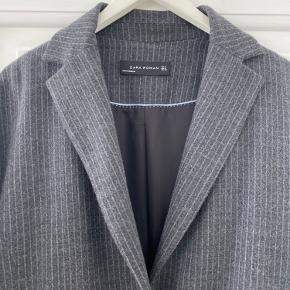 Flot blazer/jakke søger ny garderobe