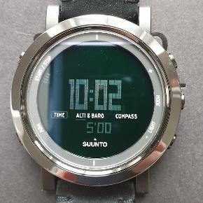 Wrist watches Suunto. Super fint Finsk design. Brugr få gange. Certifikat,  æske og kvittering