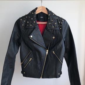 Leather bikers jacket  *Can meet in Copenhagen upon agreement*